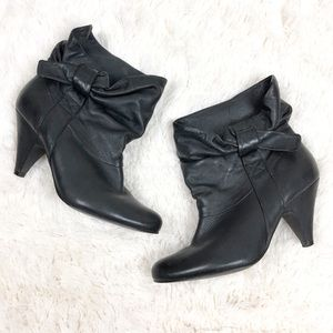 Steve Madden Jessii Soft Leather Heeled Bow Bootie